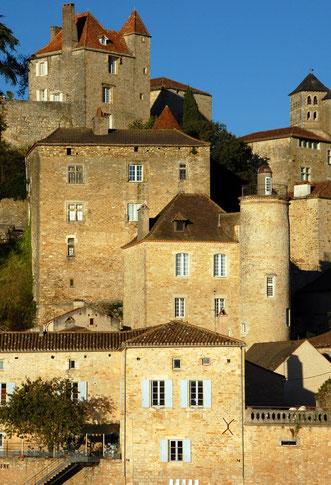 Sfeervolle middeleeuwse dorpen en stadjes (foto: Puy-l'Évêque)
