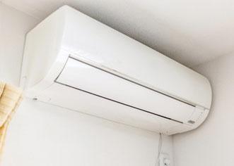 家庭用壁掛けエアコン