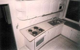 """""""Billigküchenzeile,"""" aufgewertet.© Ladenbau Berschneider, Deining"""