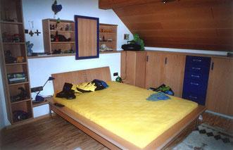 Schlafzimmermöbel vom Schreiner, © Ladenbau Berschneider, Deining