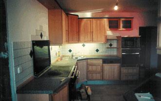 Küche im Landhausstil, © Ladenbau Berschneider, Deining