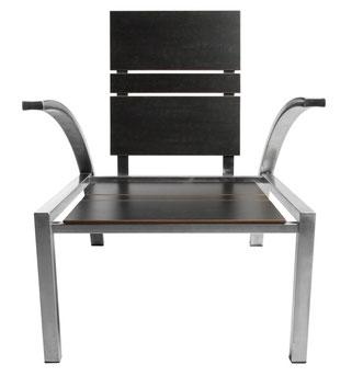 Loungemöbel aus Edelstahl mit Holz oder Kunstharzplatten.....