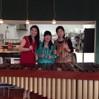 Cafe poco a poco マリンバとピアノのコンサート 2014年4月