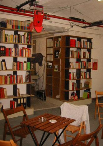 Anarkistisk bibliotek & café i Wien