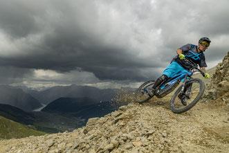 Die besten Allmountain eMTBs e-Mountainbikes 2021