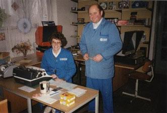 Erikas Resel mit Ernst Resel in den damaligen Büroräumen in Langau.