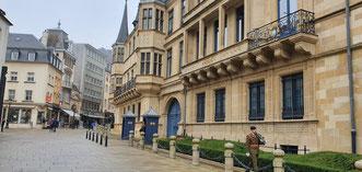 Großherzoglicher Palast und Abgeordnetenkammer Luxemburg