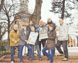 Die Mitglieder der Kulturinitiative Schenefeld hoffen auf Unterstützung (von links): Dr. Karsten Nühs, Johann Hansen, Arne Bartels, Viktoria Dutzmann, Friedrich Tödt, Christian Dutzmann, Anja Hansen und Bernd Reichert.