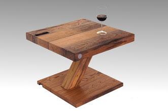Beistelltisch-aus-wiederverwendetem-Holz