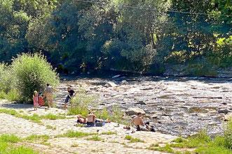 Grillplatz und Erholung am Fluss Wiese Lörrach