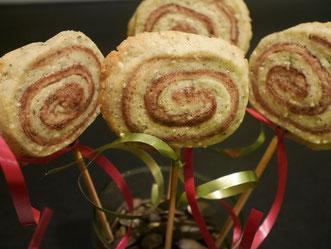 Kürbiskern-Kakao-Keks-Lollies
