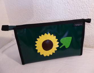 """Necessaire """"Sonnenblume mit Blatt"""""""