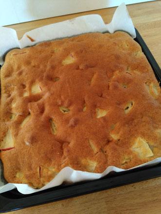 秋の味🍎お土産用りんごケーキ