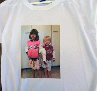 T-shirt mit phot oder foto gedruckt in zürich adliswil schweiz. siebdruck, transferdruck, jacke, hemden,