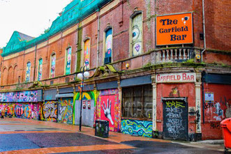 Belfast, Graffiti, Backstein, Garfield Bar, Nordirland, Tipps, Die Traumreiser