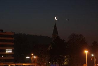 Foto: Thomas Monn, Mond mit Venus über Neumarkt