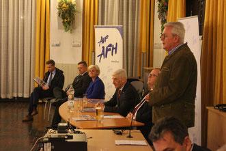 Oberst Werner Hammer appellierte an den Zusammenhalt und die Kameradschaft