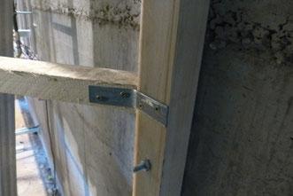Detail Verschraubung der Staffelkonstuktion.