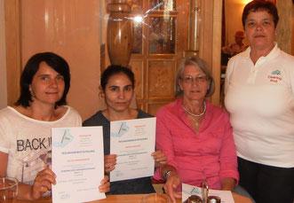Teilnehmerinnen eines Grundkurses für Gebäudereinigung