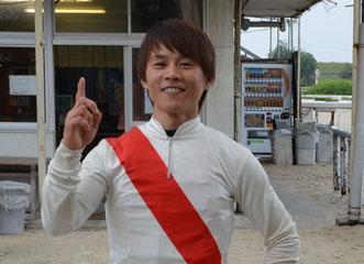 山下雅之騎手 おめでとうございます。