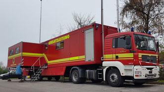 Einsatzleitwagen 3 der Feuerwehr Dortmund als Technische Einsatzleitung (TEL)