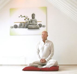 Schule der Achtsamkeit, Übung der Meditation, Atemübung, Meditation.