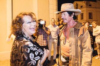 Robert mit Claudia Cardinale