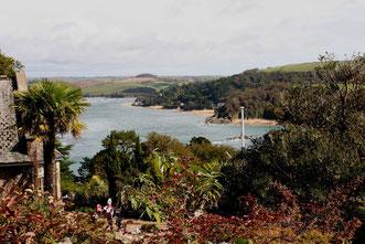 Blick von Overbeck's Garden auf die Küste von Kingsbridge