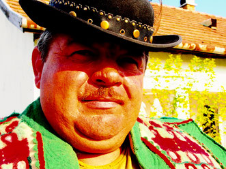Mirko, ein stolzer, traditioneller  Schafs-Bauer