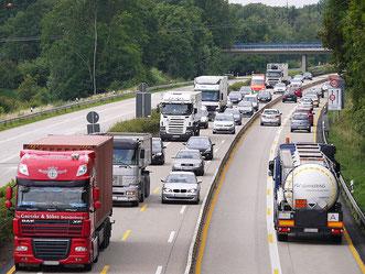 LKW Verkehr Autobahn