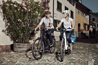 Trekking Speed-Pedelecs mit unseren Experten vergleichen, probefahren und kaufen in der e-motion e-Bike Welt Hombrechtikon