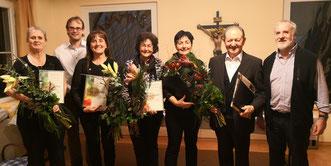 v.l.: Ute Brugger, Tobias Plümer, Heidi Lachmann, Genoveva Wüst, Hilde Beck, Heribert Kiebler, Pfarrer Steck