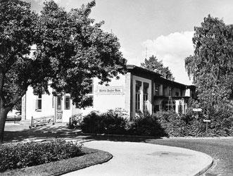 Martha Sauber Haus, 1952