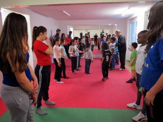 Marco bei Einführung Boxtraining, 16 Kinder, 6-15jährig, www.kidswest.ch, 22.01. 2014 @ M's-Gym Bern (letztes Training in Ostermundigen)