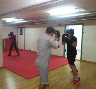 Wettkampftraining Amateurboxen November 2014, zu Gast im Sparring 3facher marokkanischer Champion und eine Schweizermeisterin im Amateurboxen (olymp. Boxen)  @ M's-Gym Bern Ittigen