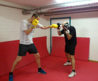 Gruppentraining Light-Contact Boxing April 2014 @ M's-Gym Bern Ittigen