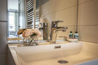 Detailaufnahme im Badezimmer vom Doppelzimmer Oland