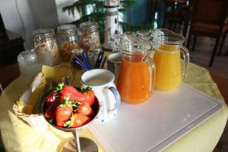 Frühstücks-Buffet in der Friesenstube