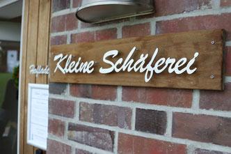 """Hofladen """"Kleine Schäferei"""" Schriftzug aus Edelstahl"""
