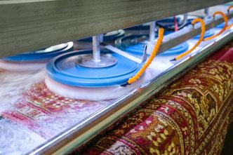 чистка ковров с вывозом на фабрику в Москве и Московской области