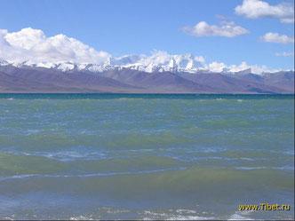 4. Озеро Namtco.