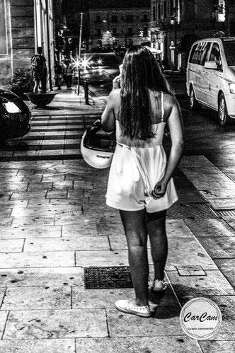 Sicile, sicilia, trinacria, ortigia, ortigie, syracuse, art, catania, italie, art, travel, noir et blanc, black and white, street photography, carcam, je shoote