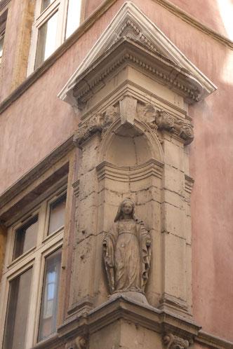 La statue actuelle. Photos : Denis Lang