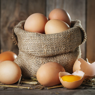 Frische Freilandeier vom Bächlehof in Bottenau von glücklichen und gesunden Hühnern