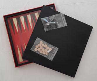 Backgammon en marqueterie de paille de Blandine Dubois à La Baule Guérande août 2021