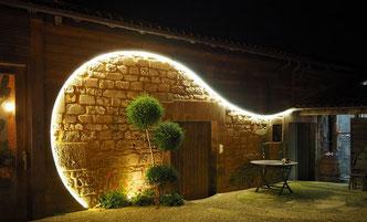 éclairage extérieur d'entreprise et de maison réalisé par art'elec en charente