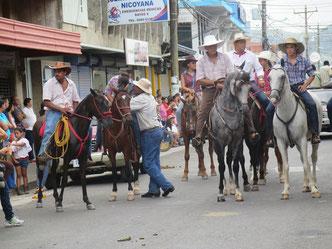 Cowboyhut und Pferd sind die Markenzeichen der Kultur in Guanacaste
