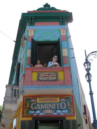 Die bunten Häuser von La Boca sind bei Touristen inzwischen sehr beliebt.