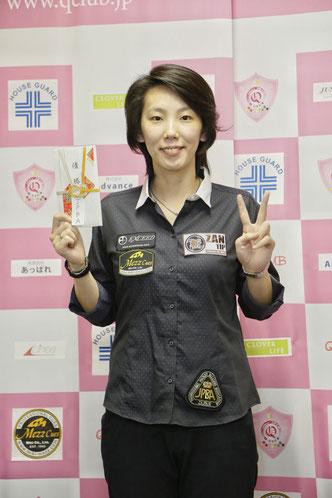 河原千尋(Chihiro Kawahara) 写真:Q-CLUB