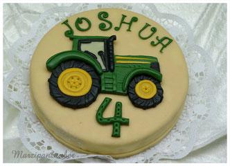 Geburtstagskuchen dekor Marzipanfigur Traktor, Trecker, Marzipanfigur Schlepper, Marzipanzauber